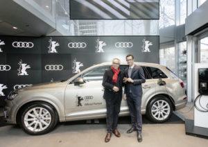 Audi bleibt Partner der Internationalen Filmfestspielen in Berlin bis 2019: Jason Lusty, Leiter Marketing Deutschland AUDI AG, und Festivaldirektor Dieter Kosslick